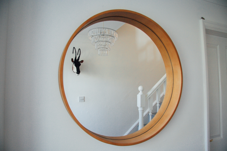 My furniture wooden circular mirror