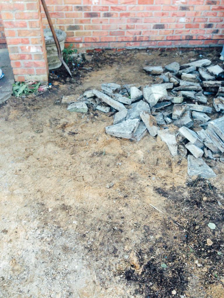 Removing pavement slabs